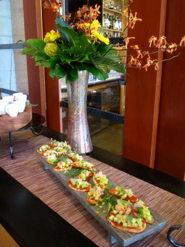 <br />Beautiful food and decor are hallmarks of Copperleaf Restaurant at Cedarbrook Lodge in SeaTac.